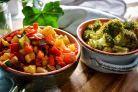 Profita de meniul de slabit cu legume de 10 zile - medicii il recomanda Guacamole, Mexican, Chicken, Meat, Ethnic Recipes, Food, Essen, Yemek, Mexicans
