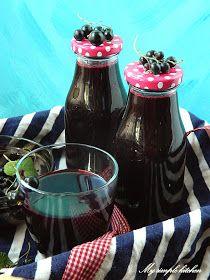 Red Wine, Alcoholic Drinks, Pudding, Desserts, Glass, Food, Tailgate Desserts, Deserts, Drinkware