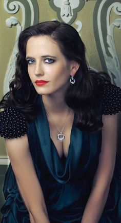 Eva Green | The Queen | ( If you like my pins then pls. Follow my boards for more updates )
