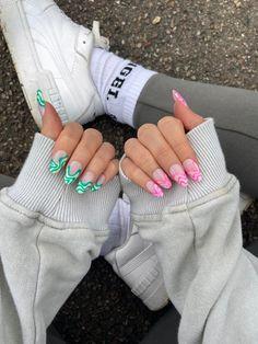 Simple Acrylic Nails, Almond Acrylic Nails, Summer Acrylic Nails, Best Acrylic Nails, Glue On Nails, Gel Nails, Emerald Nails, Evil Eye Nails, Nails Today
