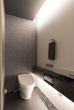 Wc Design, Toilet Design, House Design, Bathroom Trends, Bathroom Interior, Luxury Toilet, Toilet Vanity, Washroom Design, Toilet Room