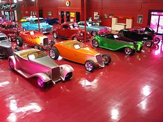 boyd coddington showroom.  Here's the way I want to teach my granddaughter all of her colors.