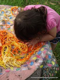 Toddler Sensory spaghetti Play