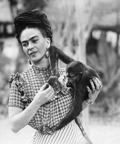 "Frida with her monkey ""Fulang Chag"""