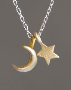 moon/star pendant. (all that's missing is the sun, then it'd be complete!)