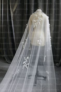 Mantilla Veil, Lace Veils, Got Married, Getting Married, Wedding Veil, Wedding Dresses, Flower Veil, Silk Flowers, Off White