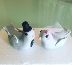 Wedding particular - cake topper - wedding cake - fondant - love birds