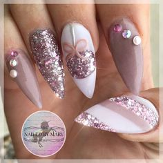 Acrylic nail art 762375043151041517 - Taupe nude ornaments snowflakes candy cane stripes Swarovski crystals rose gold pink stiletto holiday Christmas season glitter heaven art acrylic designs nails Source by marionmalterre Xmas Nails, Holiday Nails, Holiday Candy, Christmas Acrylic Nails, Holiday Foods, Christmas Treats, Christmas Holiday, Christmas Ornaments, Trendy Nail Art