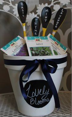 If you're super organised and thinking about Christmas presents already, then how about this for the green fingered person in your life? I'd mix it up so that the plants were all good for nature #homesfornature