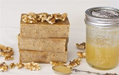 Honey-Walnut Milk Soap - Cold Process Soap Recipe Homemade Gift Basket Ideas For Men Master for our mountain Handmade Soap Recipes, Soap Making Recipes, Handmade Soaps, Diy Savon, Homemade Beauty Products, Milk Soap, Beauty Recipe, Recipes For Beginners, Home Made Soap