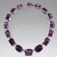 GOLD AND AMETHYST NECKLACE, LATE 19TH CENTURY