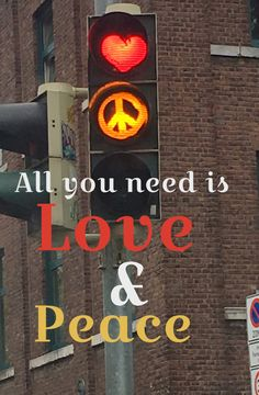 Hippie Love, Hippie Art, Give Peace A Chance, Peace Signs, World Peace, For Everyone, Peace And Love, Liberty, Singing