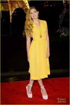"""Willow at the """"The Hunger Games: Catching Fire"""" -  World Premiere i  London  (2013) necklace,  #yellow dress -  actress -  #catching fire premiere,  willow shields,  #pretty -  child actress"""
