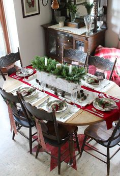 Create this unique Christmas table centrepiece with a simple wood box and birch inspired wallpaper