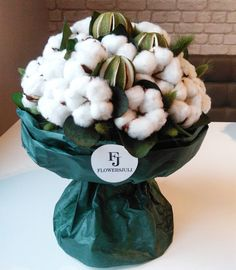 Hand Bouquet, Gypsophila, How To Preserve Flowers, Flower Basket, Dried Flowers, Flower Designs, Floral Arrangements, Wedding Flowers, Table Decorations