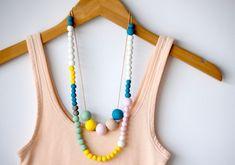 12 DIY necklaces to make!!