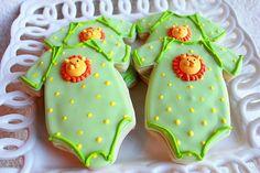 A Dozen Lion Onesie Vanilla Sugar Cookie perfect for your Baby Shower via Etsy Onesie Cookies, Baby Cookies, Baby Shower Cookies, Cut Out Cookies, Cupcake Cookies, Sweet Cookies, Baby Shower Verde, Lion Baby Shower, Chocolate Sugar Cookies