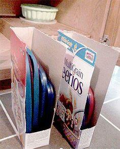 Organiser les couvercles du plat. Peux faire aussi un scrapbooking sur les boîtes