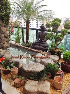Nearly Everyone must think life is just a means to vent all lust, desire, and passion in any case, they did not do it, but. Small Balcony Garden, Rooftop Garden, Indoor Garden, Home And Garden, Balcony Design, Garden Design, Apartment Balcony Decorating, Asian Garden, Small Gardens