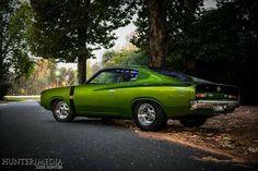 Sweet Aussie Charger Australian Muscle Cars, Aussie Muscle Cars, Chrysler Charger, Dodge Charger, Chrysler Valiant, Custom Classic Cars, Classic Hot Rod, Street Bob, Road Racing