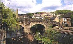 I'd love to visit the beautiful town of Hebden Bridge in North Yorkshire & meet friends @RainbowLightFdn !