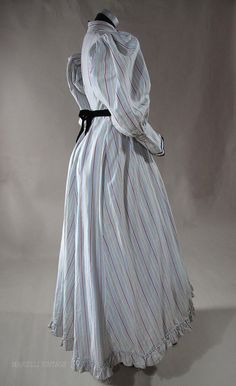 Grand Striped Cotton Day Dress / Wrapper With Gigot Sleeves 1890s Fashion, Vintage Fashion, Civil War Dress, Stripped Dress, Strong Women, Day Dresses, Baker City, Gothic Horror, Gowns