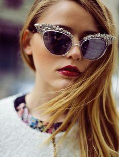 #flower #sunglasses #fashion #details