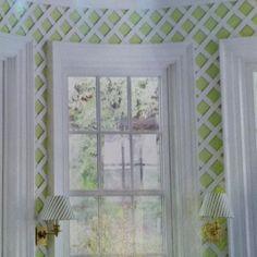 Lattice on indoor wall - Entry/Mud Room?  Super cute!