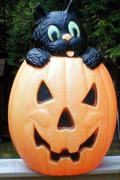 TPI Plastics ~ Halloween - Blow Molds R Us