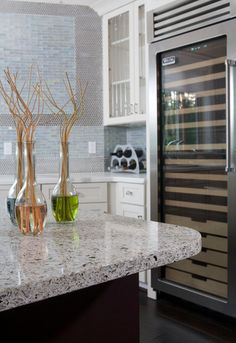 recycled glass counter top like this !!!!!!