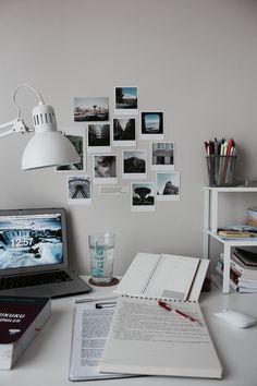 Study Room Decor, Study Rooms, Room Ideas Bedroom, Study Areas, Study Space, Study Organization, Study Hard, Aesthetic Room Decor, Studyblr