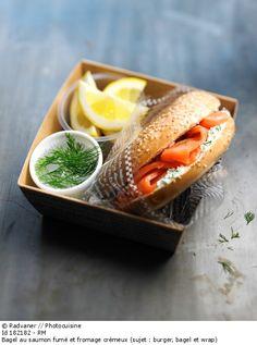 Bagel au saumon, au fromage frais - PROavecvous - #bagels
