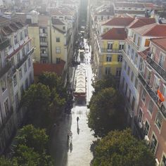 Lisbon's Amazing Light. View over Baixa/Downtown. ♡ #lightoflisbon #baixadelisboa #lisbondowtown #architecture  #favouritespots #lisbonviewpoints #lisbontailoredtours #lisbonwithpats