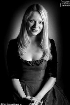 Valentina Lisitsa, one of the finest piano virtuosi of the new millenium.  Her Rach 2 solos (*sans orchestra*!) are unmatched--the expressiveness, the independent nervousness of the lines...