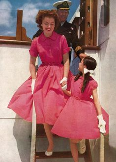 "50s red pink watermelon day shirt dress shirtwaist full skirt short sleeves cotton casual mother daughter matching style vintage fashion ""Potter's Inglewave"", 1956"