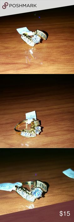 CRYSTAL STYLE TWIST RINGS Beautiful twist style rings sizes 6 or 7 Jewelry Rings