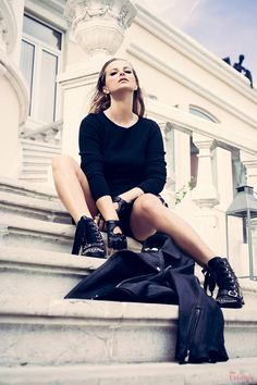 Cristina Ferreira | Daily Cristina Photoshoot | Black | Dress Pinko | Boots Elisabeta Francchi | Purse Zara Leather jacket H&M | Photos Isabel Saldanha | Styling Joyce Doret | Makeup & Hair Inês Franco