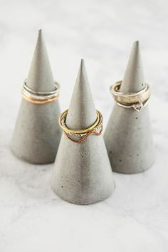 Make your own DIY ring cones out of concrete with my instructions and printable template.