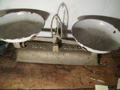 Vintage Waagen - Waage Küchenwaage - ein Designerstück von Axel327 bei DaWanda