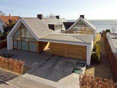 Residential Architecture, Contemporary Architecture, Interior Architecture, Architecture Layout, Roof Design, Exterior Design, Facade House, House Facades, Home Accents
