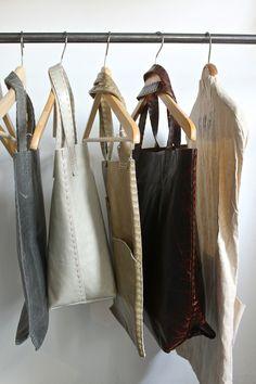 Sporttaschen & Rucksäcke Brustbeutel Humble Waist Bag von TURN UP #
