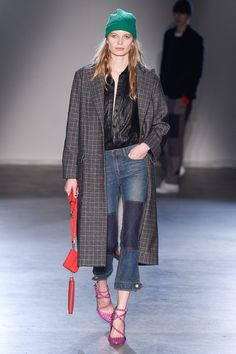 See the complete Zadig & Voltaire Fall 2017 Ready-to-Wear collection.