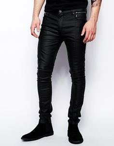 Buy ASOS Super Skinny Jeans In Leather Look at ASOS. Get the latest trends with ASOS now. Sexy Jeans, Superenge Jeans, Great Mens Fashion, Unisex Fashion, Denim Fashion, Boy Fashion, Black Leather Jeans, Leather Men, Leather Pants