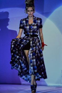 Mugler Spring 1992 Ready-to-Wear Fashion Show - Rachel Williams