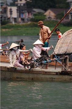 Hue, Vietnam www.asianatravelmate.com/viet-nam-tour/classic-tours/compact-viet-nam.html Vietnam Tours, Vietnam Travel, Vietnam War, Laos, Top 10 Destinations, Boat Stuff, Modern City, Ho Chi Minh City, Day Trip