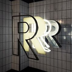 different kinds of R - this shows you the different layers in building a channel letter sign: