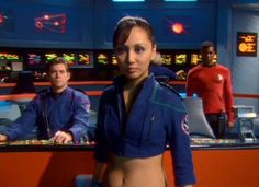 Linda Park as Hoshi Sato in mirror universe Star Trek: Enterprise Star Trek Enterprise, Star Trek Starships, Starship Enterprise, Star Trek Kostüm, Star Trek Warp, Star Trek Ships, Fiction Movies, Science Fiction, Akira