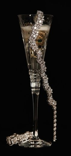We have a bracelet available that's very similar! Just a pretty picture of champagne and diamonds because everyone needs champagne and diamonds. INQUIRE on our estate board!