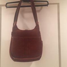 """Vintage bag Pretty cognac color vintage bag. Is pre-loved but still in good condition. Approx 8""""x10"""" Bags Shoulder Bags"""