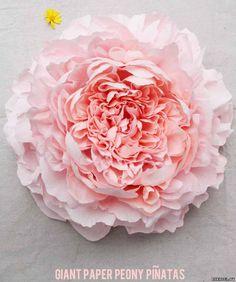 Большие цветы пионы из гофрированной бумаги. - Цветы из конфет - Поделки из конфет - Каталог статей - Рукодел.TV